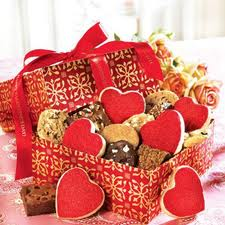 Long Distance Romantic Gifts And Gestures